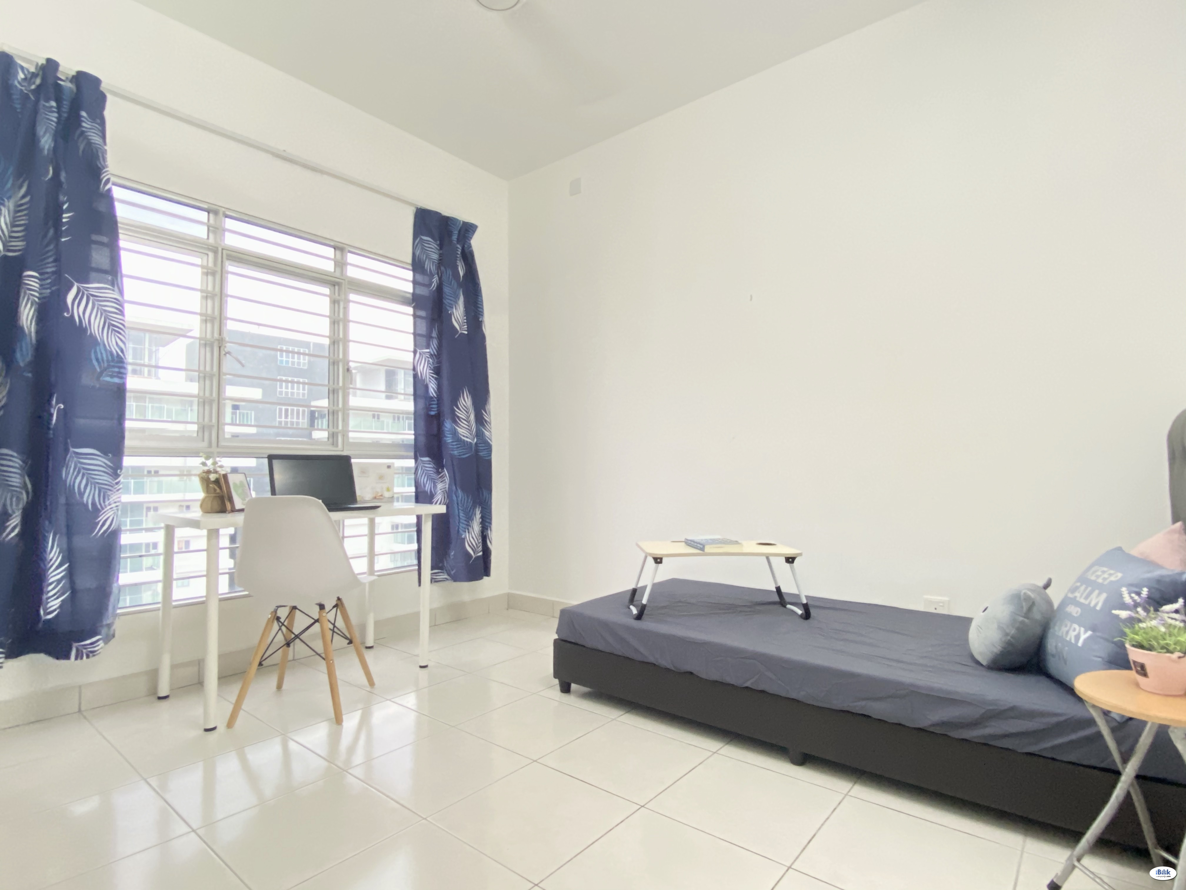 Room with Balcony in Sentul with Free Parking
