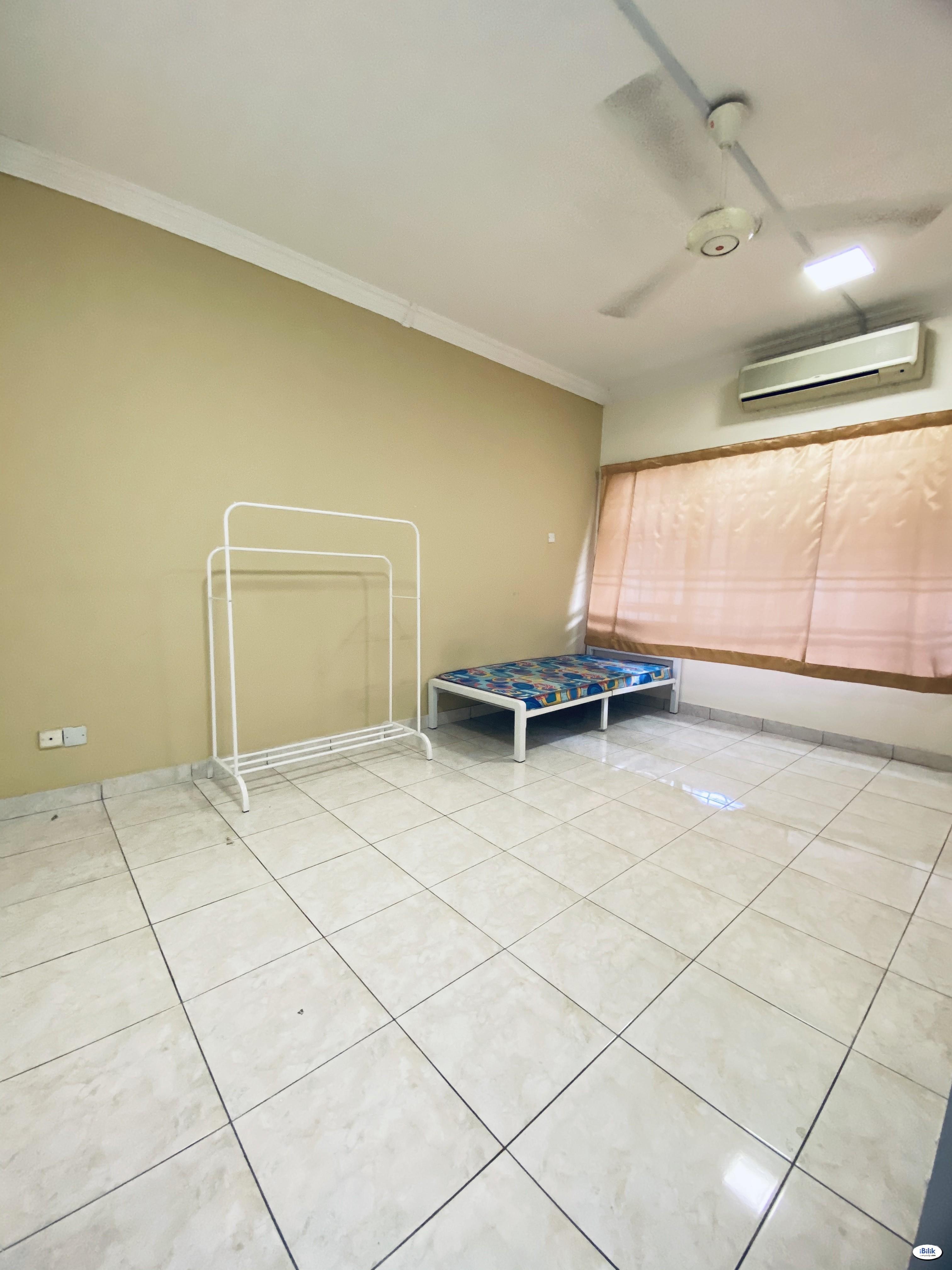 ⚡Rental Included WI-FI / Middle Room at BU7, Bandar Utama with Low Deposit⚡