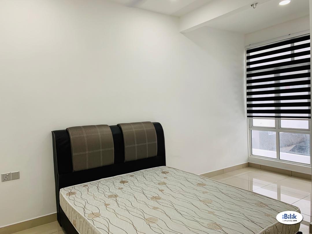 Twin Danga, Master Room at Taman Laguna, Danga Bay, Taman Perling