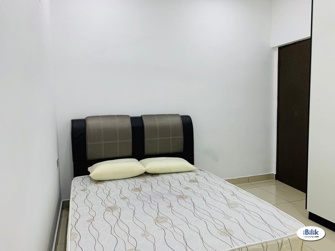Twin Danga Residence, Middle Room at Taman Laguna, Danga Bay, Perling