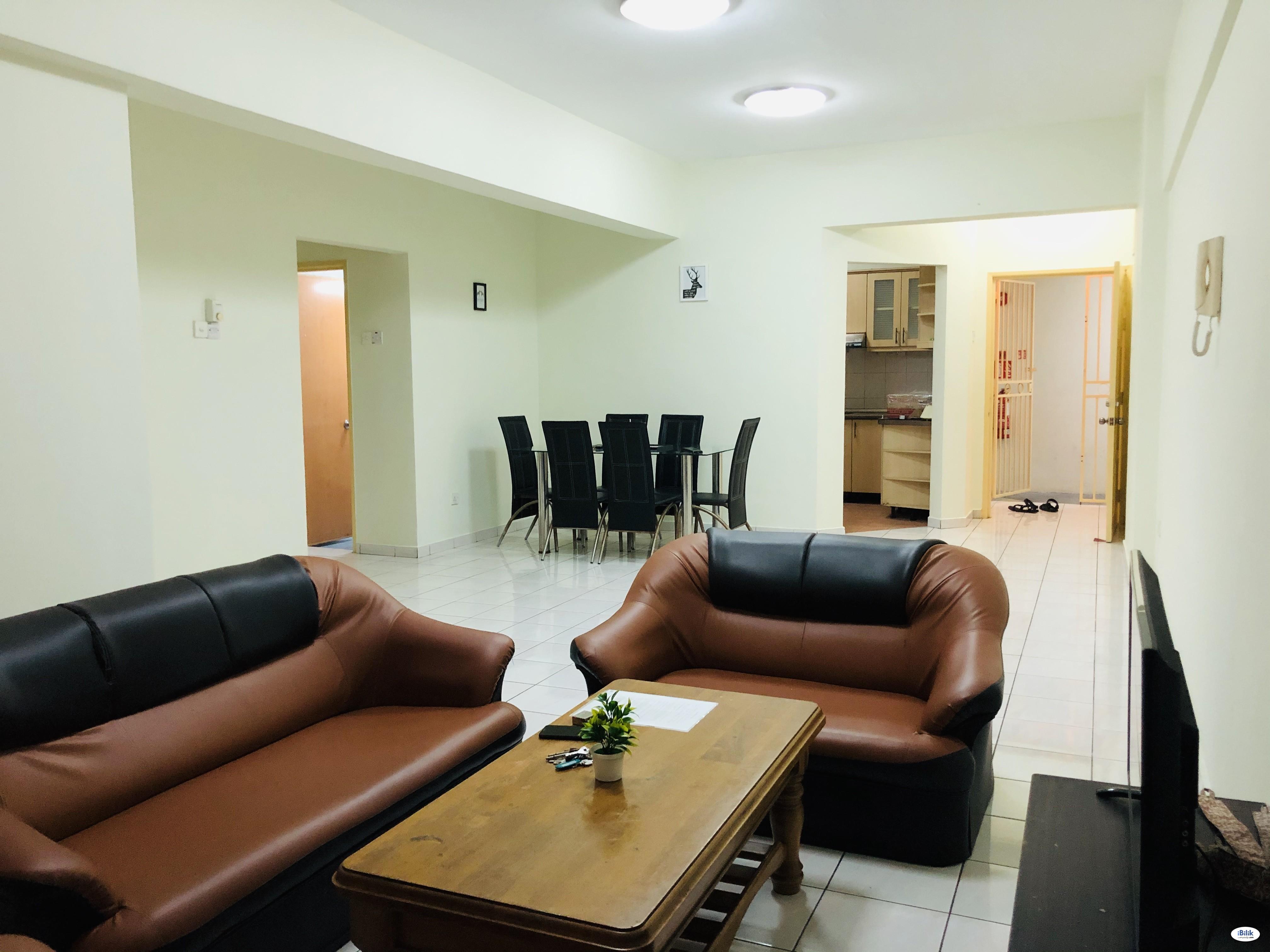 [Available Aug] Medium Room at Wangsa Metroview/5-mins walk LRT Wangsa Maju & TAR Shuttle Bus