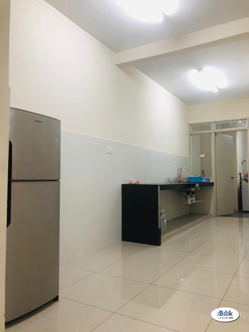 Medium Room at Platinum Lake PV16 @ Setapak PV128, Columbia Hospital, TAR Shuttle Bus