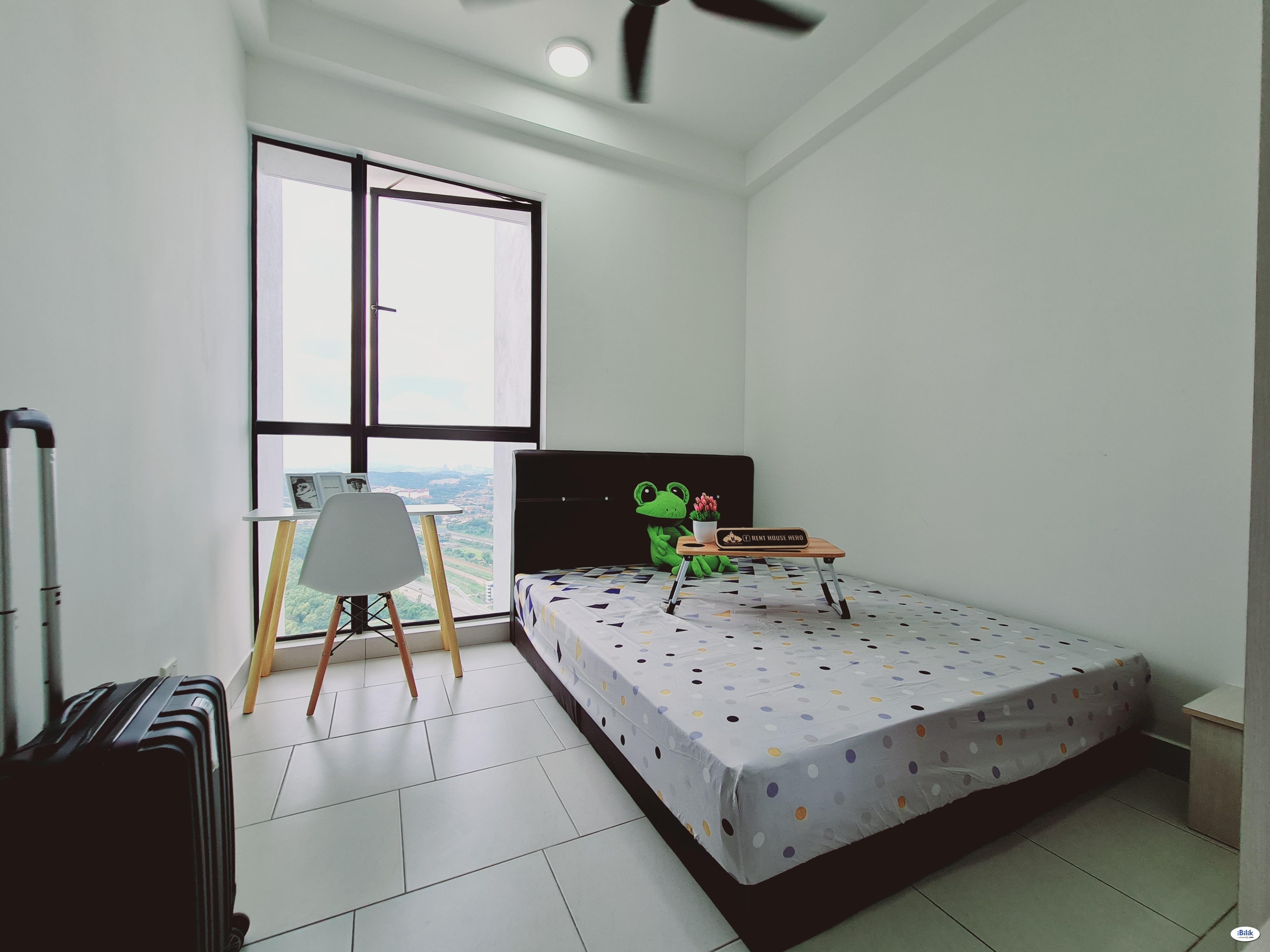 [durian jatuh] Middle Room, Astetica Residences, Seri Kembangan, The Mines
