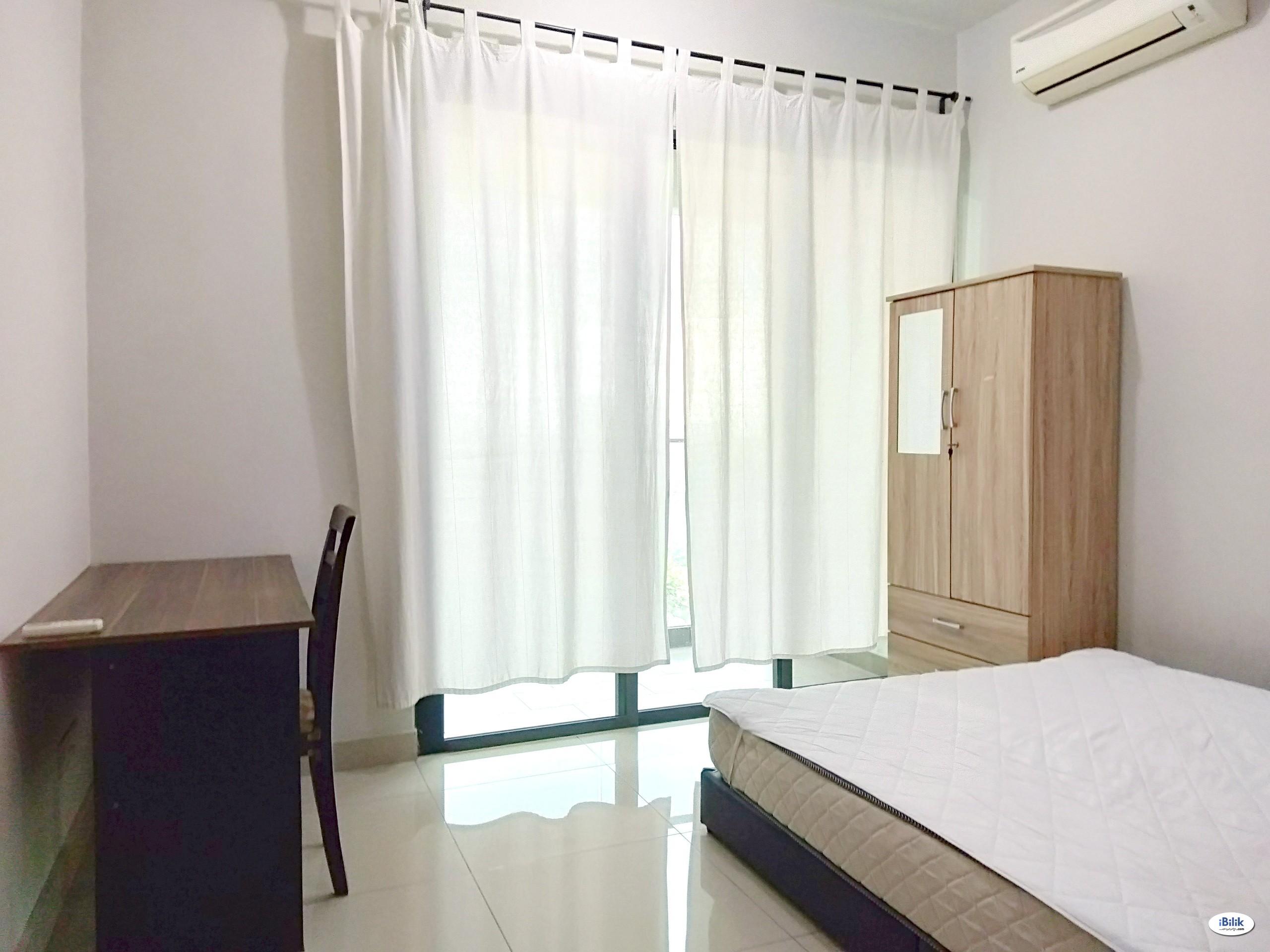 Univ 360 Place Seri Kembangan Fully Furnished Balcony Room For Rent, Nearby Taman Bukit Serdang Jaya, The Mines