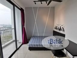 Room Rental in Kuala Lumpur - [Nice View] Big Middle Room at Parkhill Residence, Bukit Jalil (5mins walk to LRT, APU Shuttle Bus)