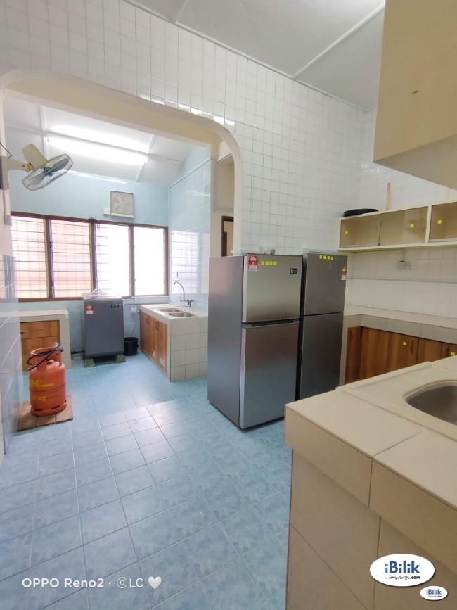 RENT Zero Deposit.. Newly refurbish unit. Medium Room at Bangsar KL!