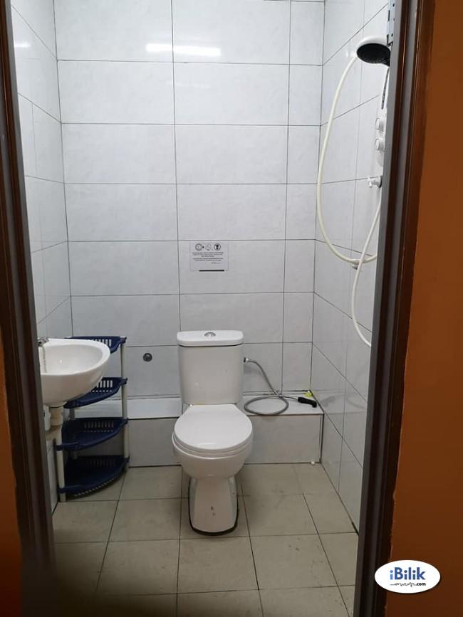 Comfort Zero% Deposit ~ Medium Room for rent Kota Damansara