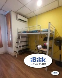 Room Rental in  - comfy Zero% Deposit ~ Medium Room for rent Kota Damansara!
