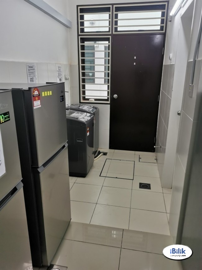 cushy Low Deposit �� Single Room Located near Taman Esplanad- Bukit Jalil KL
