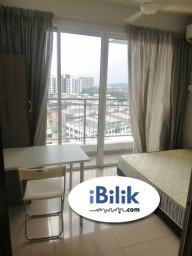 Room Rental in Petaling Jaya - [PRIVATE BALCONY] Medium Room at Pacific Place, Ara Damansara