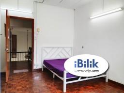 Room Rental in Selangor - RENT 0 Deposit Medium Room in Bandar Utama!