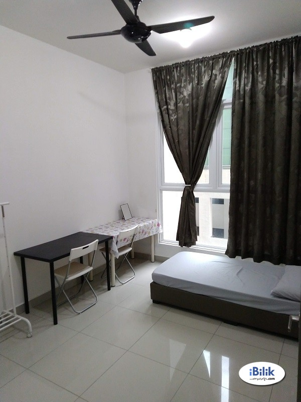 👩 Female unit. Private furnished Master Room. Wifi & Util included*