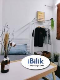Room Rental in Petaling Jaya - convenience [ NO DEPOSIT ] Middle Room at Seri Utama, Kota Damansara