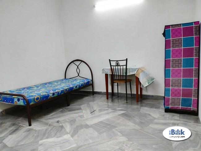 Cozy Single Room in Bandar Utama 4, One Utama