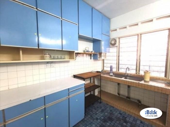 comfortable Zero Deposit% Room For rent Sri Petaling