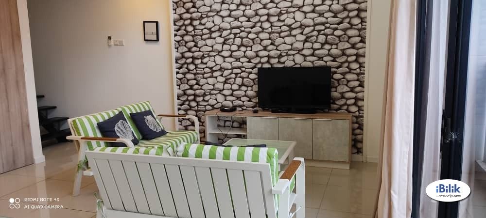 Middle Room at D'Latour, Bandar Sunway