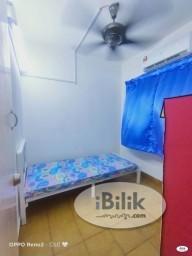 Room Rental in  - convenience %Zero Deposit. Free Shuttle Bus. Middle Room at PJS 9, Bandar Sunway