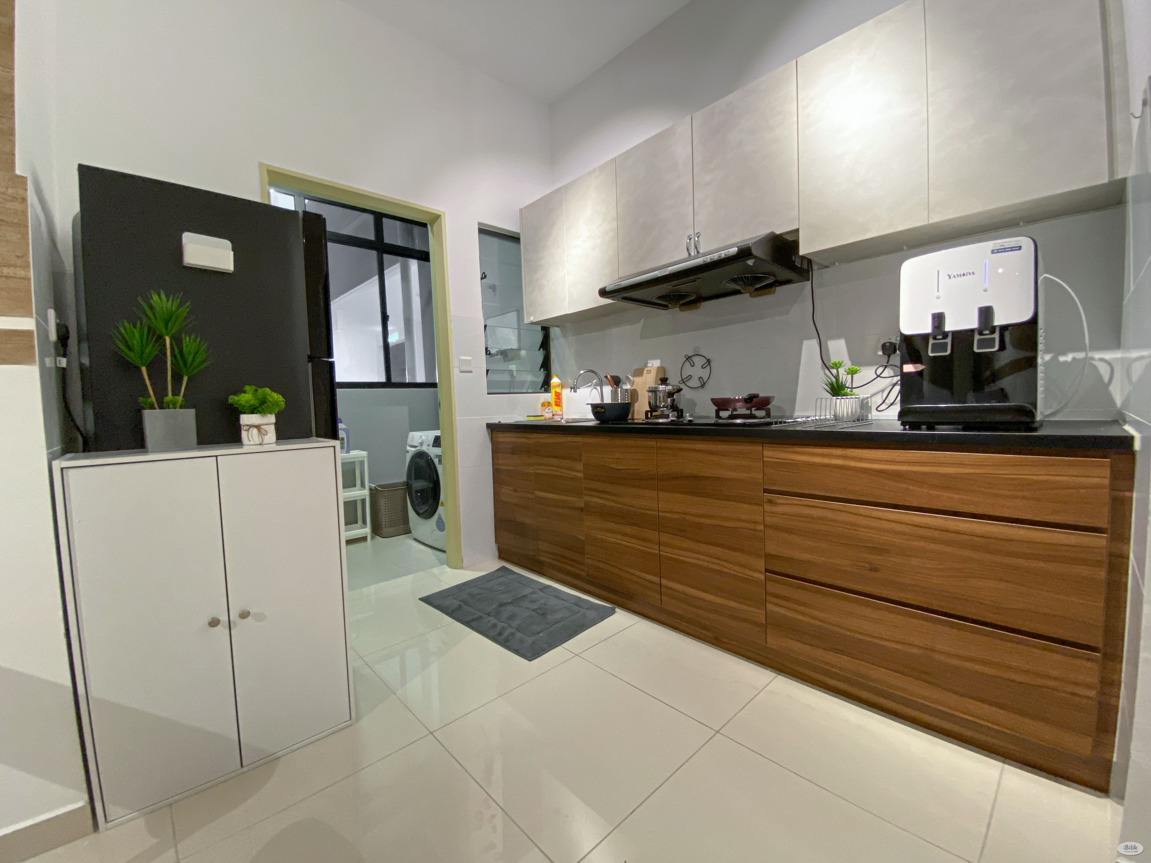 🎉BEST ROOM IN TOWN!🎊PREMIUM BALCONY MEDIUM ROOM! WORK FROM HOME FRIENDLY!🚝DIRECT LINK BRIDGE TO LRT😱