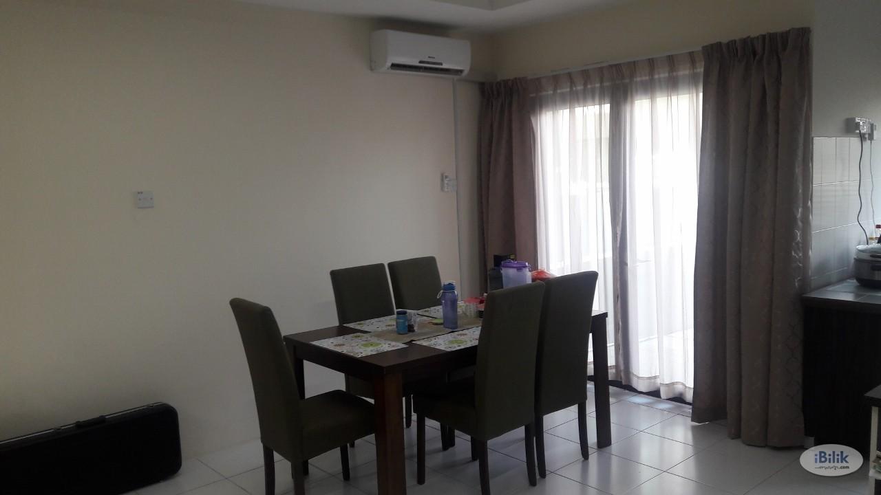Middle Room MJC One Residency at Kuching, Sarawak