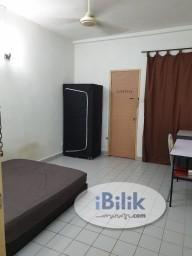 Room Rental in  - Medium room with fully furnish for rent@Bandar Utama