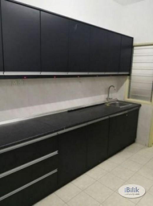 (MCO free rental) Medium Room at SuriaMas- Bandar Sunway- Medium Room at SuriaMas- Bandar Sunway