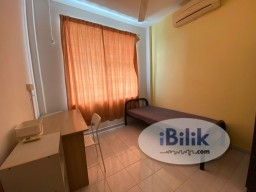 Room Rental in Selangor - Middle Room With Window near Inti SS15 Subang Jaya