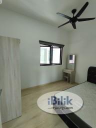 Room Rental in Kuala Lumpur - Junior Medium room for rent @ Parkhill Residence Bukit jalil