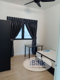 Room Rental in Kuala Lumpur - Junior Middle Room at Parkhill Residence, Bukit Jalil