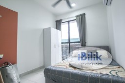 Room Rental in Selangor - *ZERO DEPOSIT*Nice Deisgn Fully Furnished Middle Room W/Aircond WIndow at Astetica Residences, Seri Kembangan Walking Distance to The Mines Mall