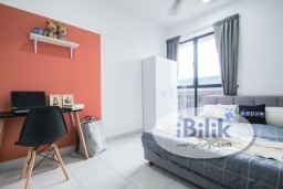 Room Rental in Selangor - *Zero Deposit* (Limited Time Only) Fully Furnished Middle Room W/Aircond Window @ New Condo Astetica Seri Kembangan Next To The Mines Mall