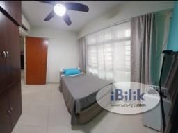 Room Rental in  - Near Ranggung LRT! Common room at 209b compassvale lane for rent! Aircon wifi!