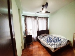 Room Rental in Singapore - Northoaks Condo Common room for Rent near Admiralty MRT, No agent fees, Aircon, wifi, Cooking allowed, with Private bathroom