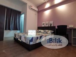 Room Rental in Malaysia - Master Bedroom at pangsapuri laksamana 1 beside melaka raya kota laksamanaMAHKOTA HOSPITALJAYA 99 GENERAL HOSP