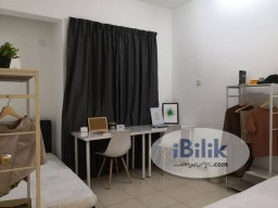 Room Rental in Penang - Double bedroom with shared bathroom