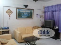 Room Rental in Penang - Master Room at Sri Nibong Apartment, Bukit Jambul
