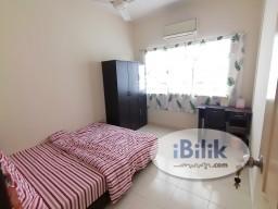 Room Rental in Petaling Jaya - 🤩LOW Deposit==Medium Room at SuriaMas Condominium