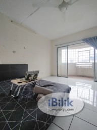 Room Rental in Kuala Lumpur - Balcony room for rent at Bam villa Maluri near Sunway Velocity / Cheras / Bukit Bintang / Pandan Indah / IMBI