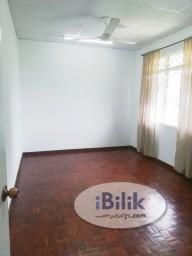 Room Rental in Kuala Lumpur - Middle Room at Taman Pertama, Cheras
