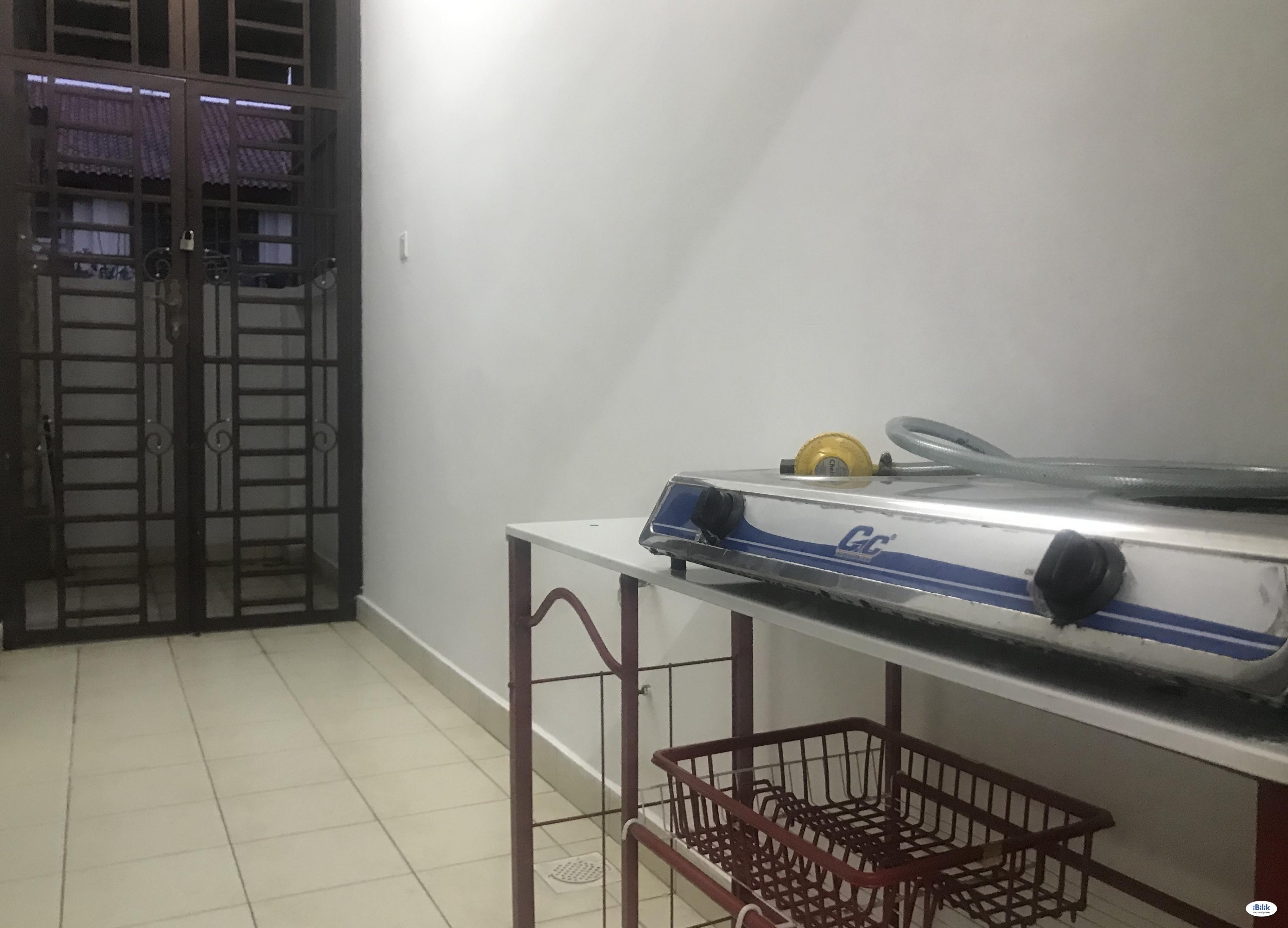 Bed - Dorm Room at Bandar Dato Onn, Tebrau