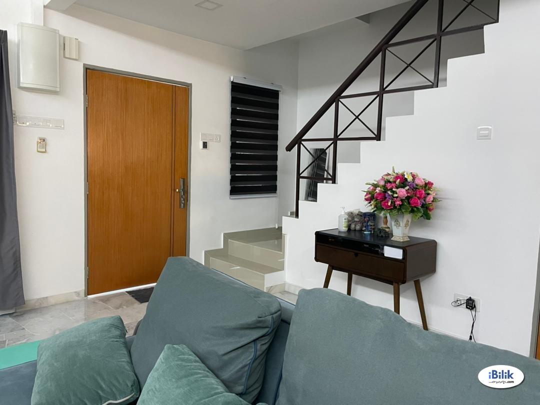 Room - Shared House at USJ 12, UEP Subang Jaya