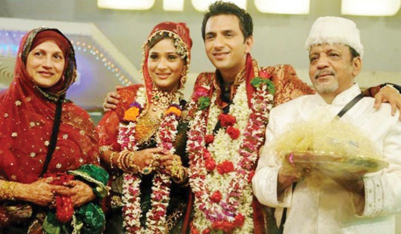 Sara Khan and Ali Merchant got married on the sets of Bigg Boss 3.