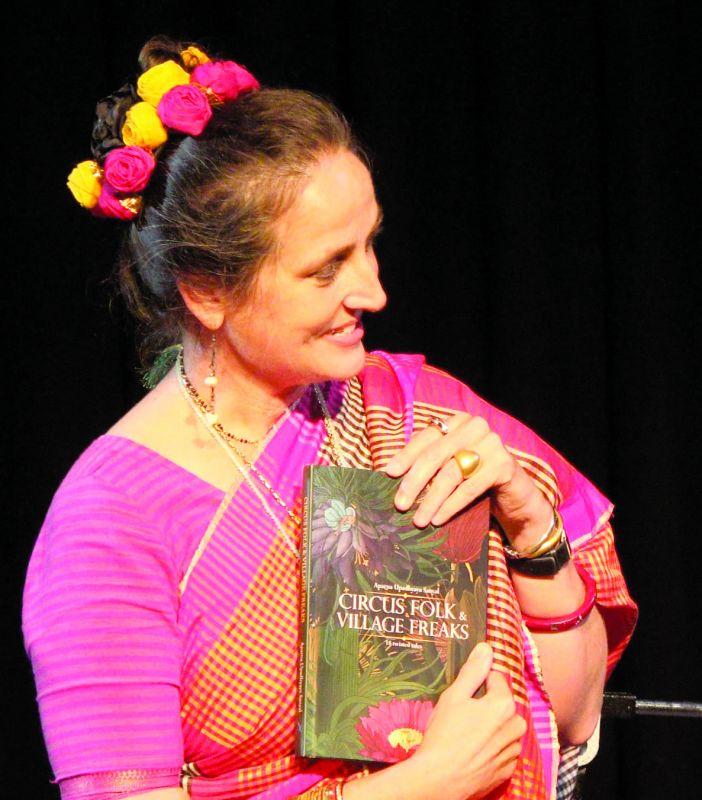 Sanjana Kapoor launching the book