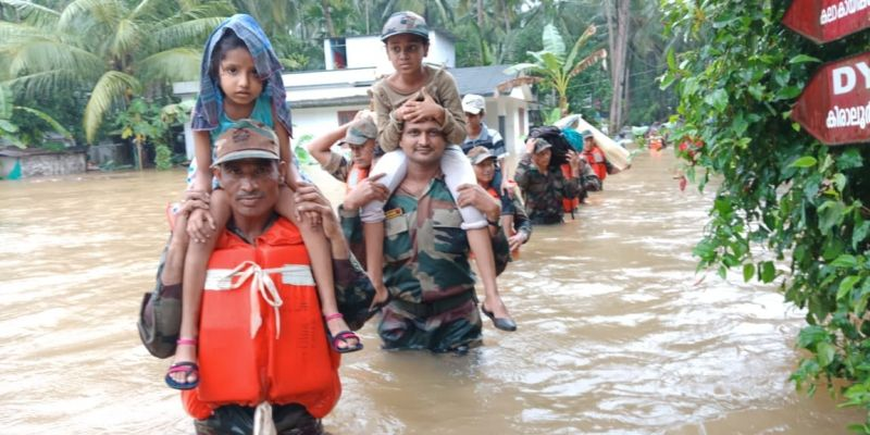 Column of DSC Centre rescued approximately 100 civilians from the flooded area of Kakkodi, Kiralur and Oorkadavu near Kozhikode town. (Photo: Twitter   @adgpi)