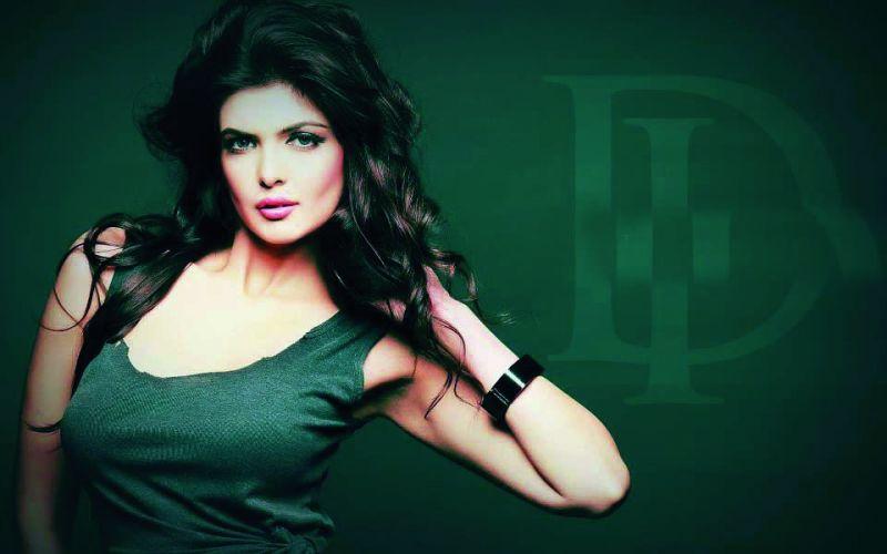 Ihana Dhillon, actress