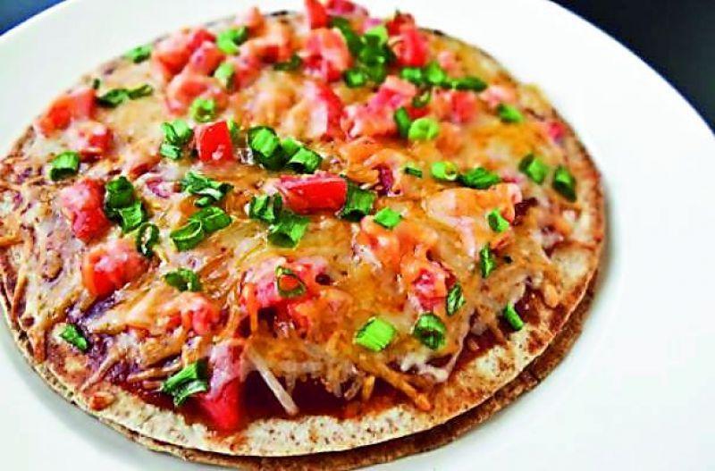 Rotzza (Roti+Pizza)