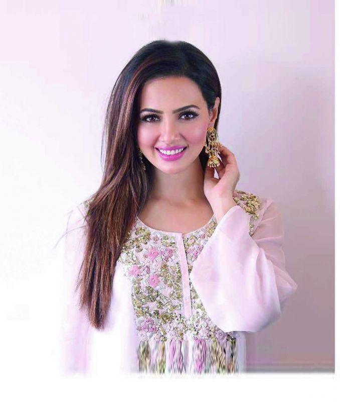 Sana Khaan, actress