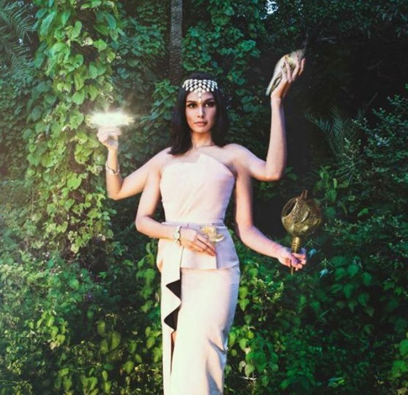 Photo series on Indian societys hypocrisy towards women