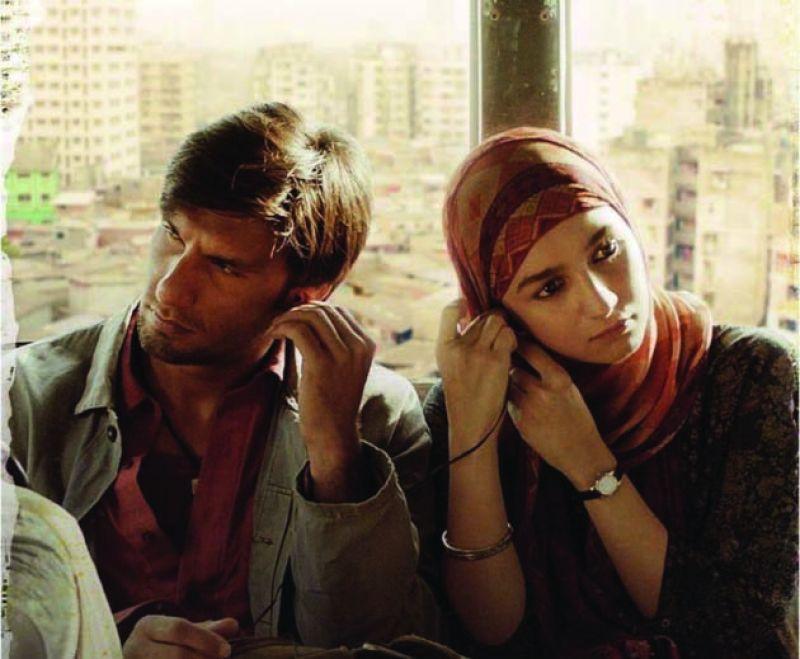 Ranveer Singh and Alia Bhatt in the poster of Gully Boy