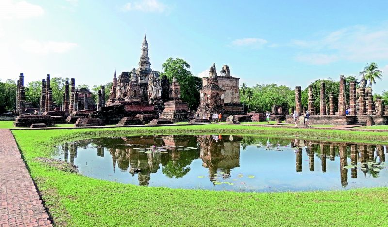 Ruins of Sukhothai in north central Thailand. Photographed by Doug Knuth (Photo credit: Flickr)