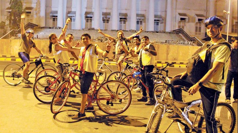 A story telling group in Mumbai offers city folks an alternative nightlife in the form of haunted stories narrated atop a bicycle.